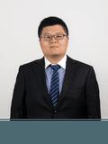 Victor Zhou,