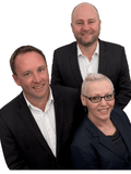 Kirsty Vaughan & Andrew, Roberts Real Estate - Tamar Valley