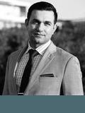 Aron Korani, Livrealty