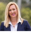 Lisa Fraser-Smith, Link Property