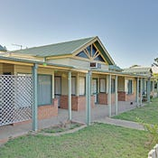 Sunset Lodge, 16-20 Hewitt Street, Emu Park, Qld 4710