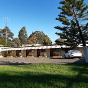 Golden Peak Motel, 1/25 Caswell St, Peak Hill, NSW 2869