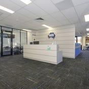 Suite 4, FF / 526 Macauley Street, Albury, NSW 2640