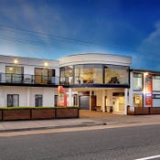 Heyfield Motel & Apartments, 115  Esplanade, Lakes Entrance, Vic 3909