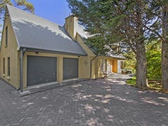 15 Coronation Road, Wentworth Falls, NSW 2782