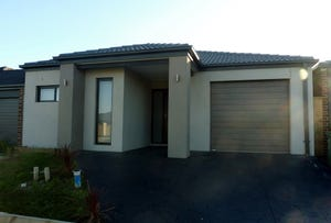 27 Green Gully Road, Clyde, Vic 3978