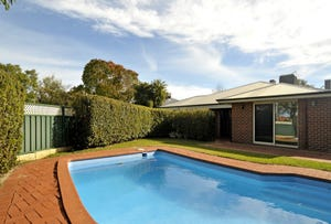 17 Janeville Place, South Guildford, WA 6055