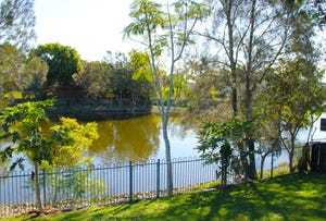 32A Lakes Circuit, Burleigh Waters, Qld 4220