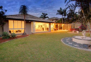5 Meadow Place, Middle Park, Qld 4074