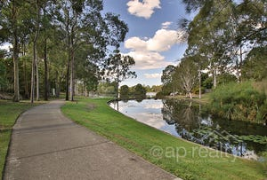 7 Seabrook Crescent, Forest Lake, Qld 4078