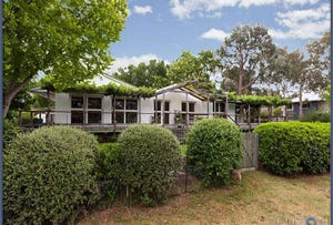 2 Mclean Place, Curtin, ACT 2605
