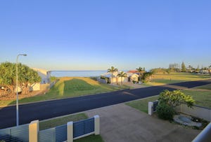 5 Sea Esplanade, Elliott Heads, Qld 4670