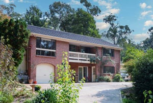 34 Gembrook Road, Launching Place, Vic 3139