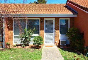 11/16 South Circular Road, Gladstone Park, Vic 3043
