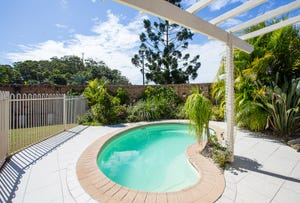 1/18 Vintage Lakes Drive, Tweed Heads South, NSW 2486