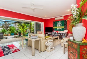 588a OXLEY AVE, Scarborough, Qld 4020