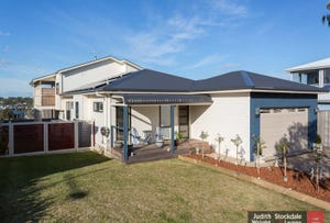 10 Waterview Rise, Cowes, Vic 3922