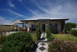 9 Magazine Bay Road, Point Turton, SA 5575
