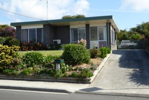 24 Emma Street, Bridport, Tas 7262