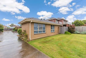 1/14 Hennessy Avenue, Herne Hill, Vic 3218