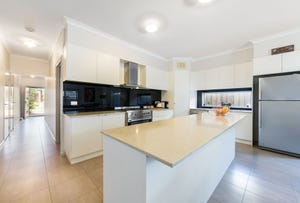 8 George Frederick Road, Cranbourne West, Vic 3977