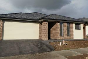 14 Dillenia Drive, Cranbourne North, Vic 3977
