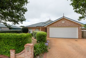 14 Elvery Court, Middle Ridge, Qld 4350