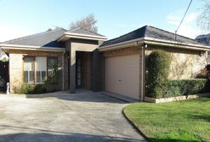 18 Teddington Road, Hampton, Vic 3188