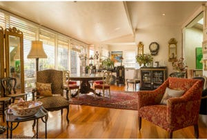 261 Churchill Avenue, Sandy Bay, Tas 7005