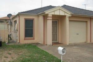 1/27  Hillside Circuit, Cranebrook, NSW 2749