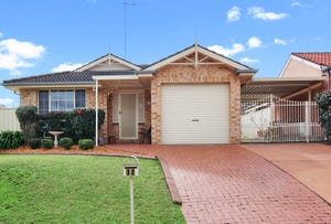 17 Woodi Close, Glenmore Park, NSW 2745
