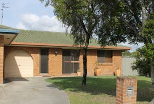 2/1 Russell Court, Miami, Qld 4220