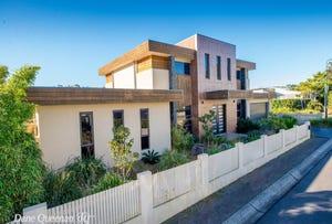 8 Azure Avenue, Nelson Bay, NSW 2315