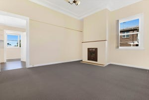 33 Meadow Street, Tarrawanna, NSW 2518