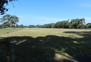 237 Lake Victoria Road, Eagle Point, Vic 3878