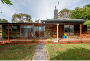 490 Soldiers Road, Nambrok, Vic 3847
