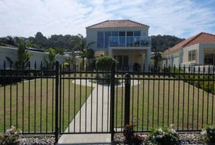 1/122 Golf Links Road, Lakes Entrance, Vic 3909