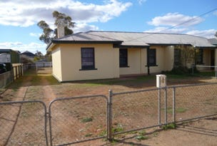 57 Queen St, Peterborough, SA 5422