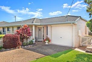 17 Lake Road, Port Macquarie, NSW 2444