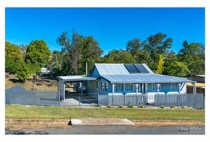 62 Hall Street, Mount Morgan, Qld 4714