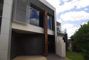 5 Anzac Avenue, Tocumwal, NSW 2714