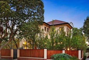 21 Helenslea Road, Caulfield North, Vic 3161