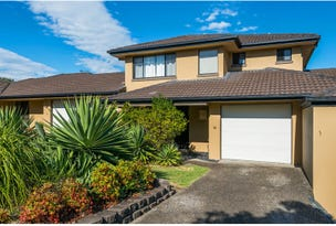 18/136 Pacific Pines Boulevard, Pacific Pines, Qld 4211