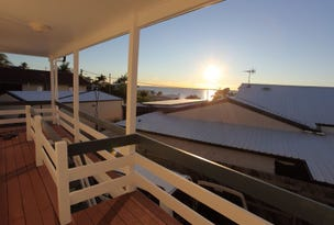 Unit 2/4 Palmer Street, Barney Point, Qld 4680
