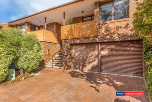 27 Rowe Place, Phillip, ACT 2606