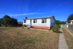 11 North Caroline Street, East Devonport, Tas 7310
