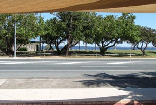 200 Hornibrook Esplanade, Woody Point, Qld 4019