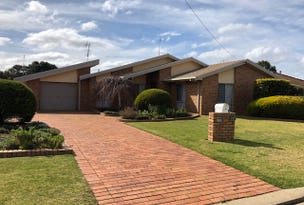 24 White Street, Finley, NSW 2713
