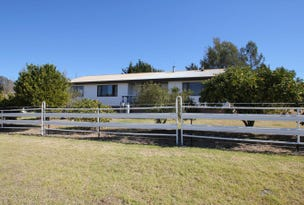 90 Sunnyside Loop Road, Tenterfield, NSW 2372
