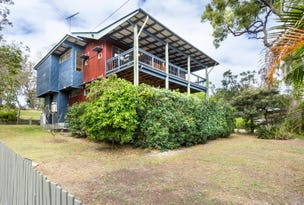 18 Merinda Crescent, Point Lookout, Qld 4183